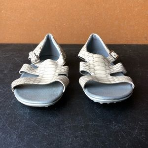 FootJoy Animal Reptile Print Sandals Sz 8 M
